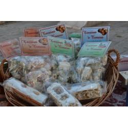 Torroncini tipici sardi in sacchetto.